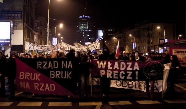 Jak zapewnić bezpieczeństwo B.Szydło i J.Kaczyńskiemu?